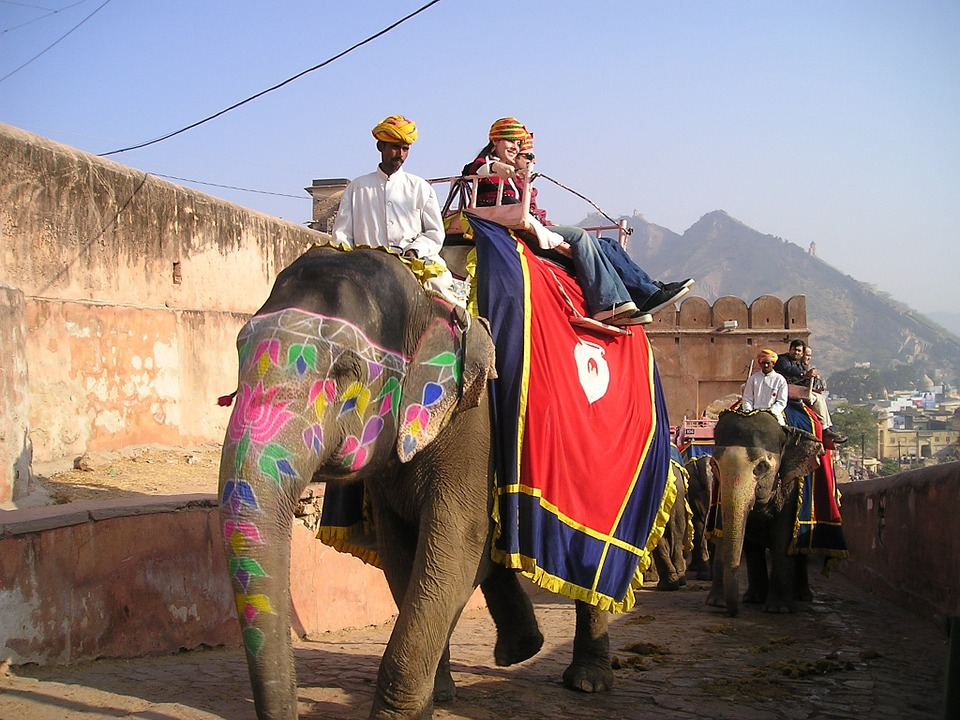 25 Golden Tips for Foreign Travellers to India
