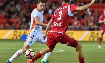 A-League: Adelaide United come from behind to draw 1-1 against Brisbane Roar