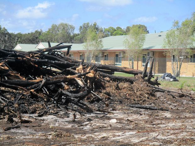 Fire next to Coast aged-care facility terrifies residents