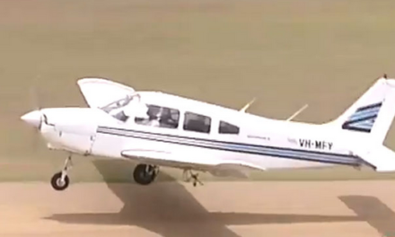 Terrifying moment pilot touches down in Brisbane with missing wheel