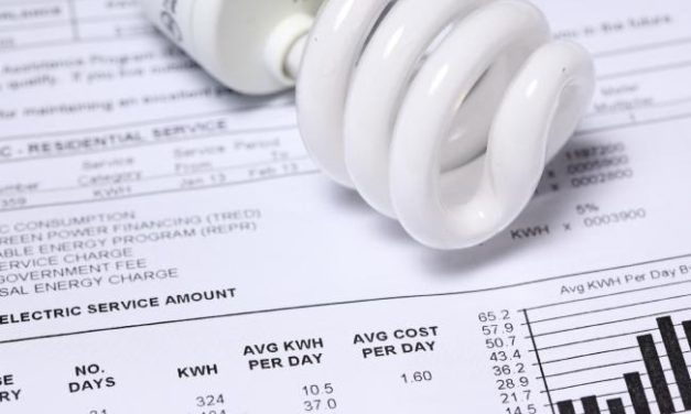 Power bills cut for Queensland's low-income earners using coal cash