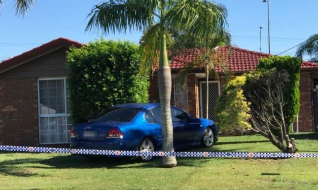 10yo boy, father shot in attempted armed robbery south of Brisbane