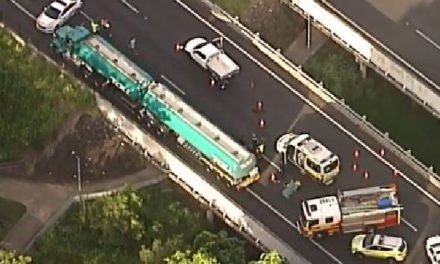 Brisbane traffic: Person in critical condition following highway crash