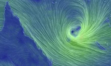Wild weather raises fears for beaches and bananas