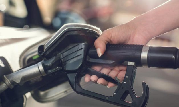 Soaring petrol prices: Servos told to advise staff about how to deal with aggressive customers