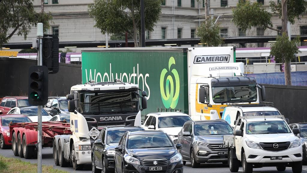 Traffic delay warning as Melbourne CBD lane closed for up to four years