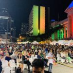 Dignitaries as well as the multitude of Indians seated at the King George Square