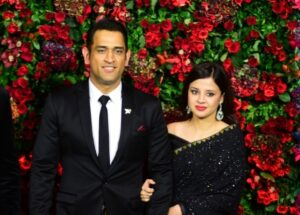 Mahendra Singh Dhoni and Sakshi Dhoni. (File Photo: IANS)