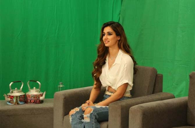 Has Anyone Ever Proposed To The Gorgeous Disha Patani? Listen from the Actress Herself!