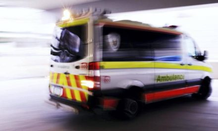 Elderly woman rushed to Gold Coast University Hospital with facial injuries after crash