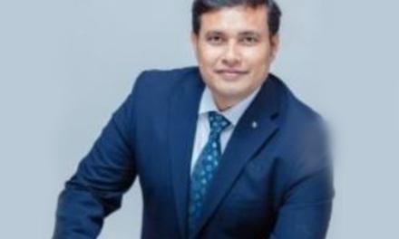 Indian entrepreneur wins UK business award for innovative IT solutions