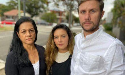 Coronavirus lockdown leaves international tourists stranded in Australia